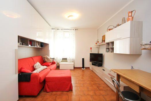 studio apartment in maslianico