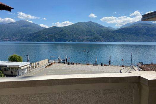 lake front apartment in Menaggio