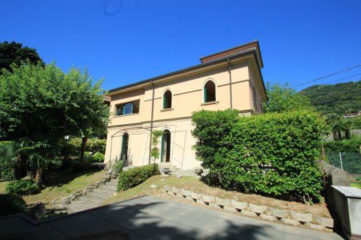 period villa in Cernobbio - Piazza Santo Stefano
