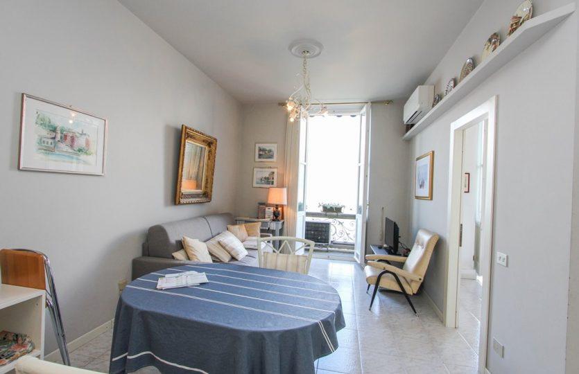 Lakeside apartment in Menaggio