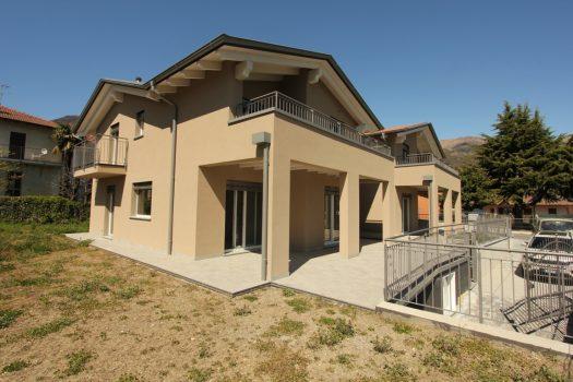 Brand new villa with garden in Dongo