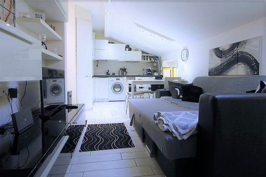 Two-room attic - Tremezzina