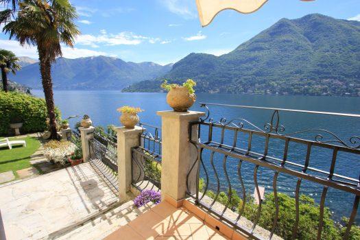 Villa a Moltrasio con vista lago
