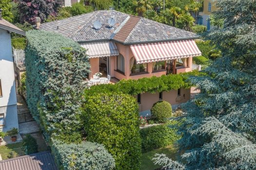 villa romantica a Cernobbio in centro