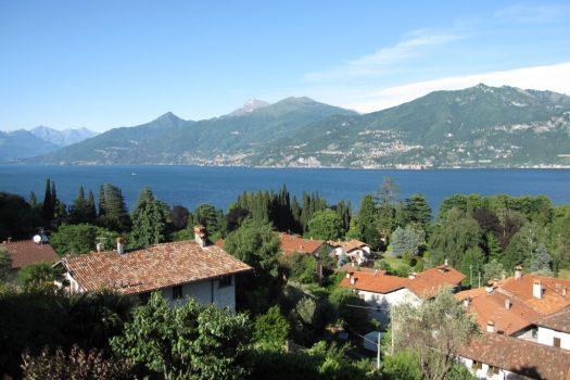 villa bifamiliare a Griante