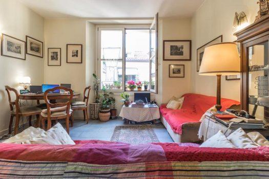Appartamento in centro a Como con balcone