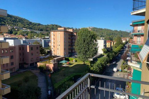 Trilocale a Cernobbio con ampi balconi